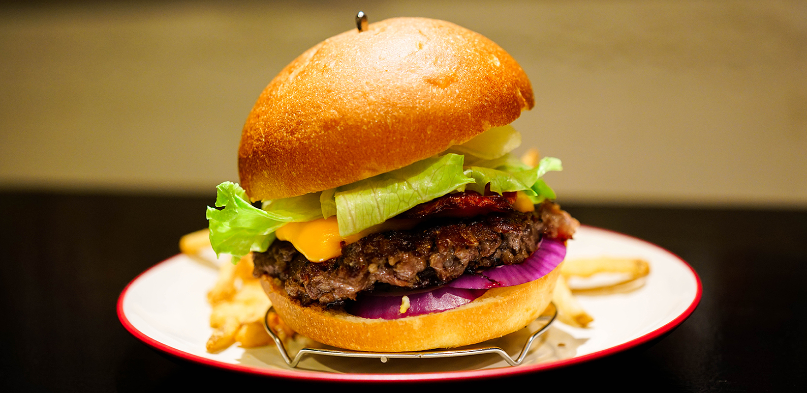 ICON –  ハンバーガー店 東京 代々木 新宿 南新宿 HAMBURGER SHOP